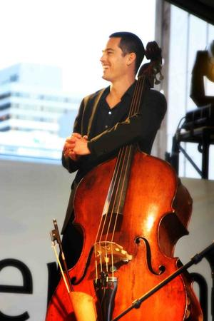 andrew Shaw with The Saruzu Quartet